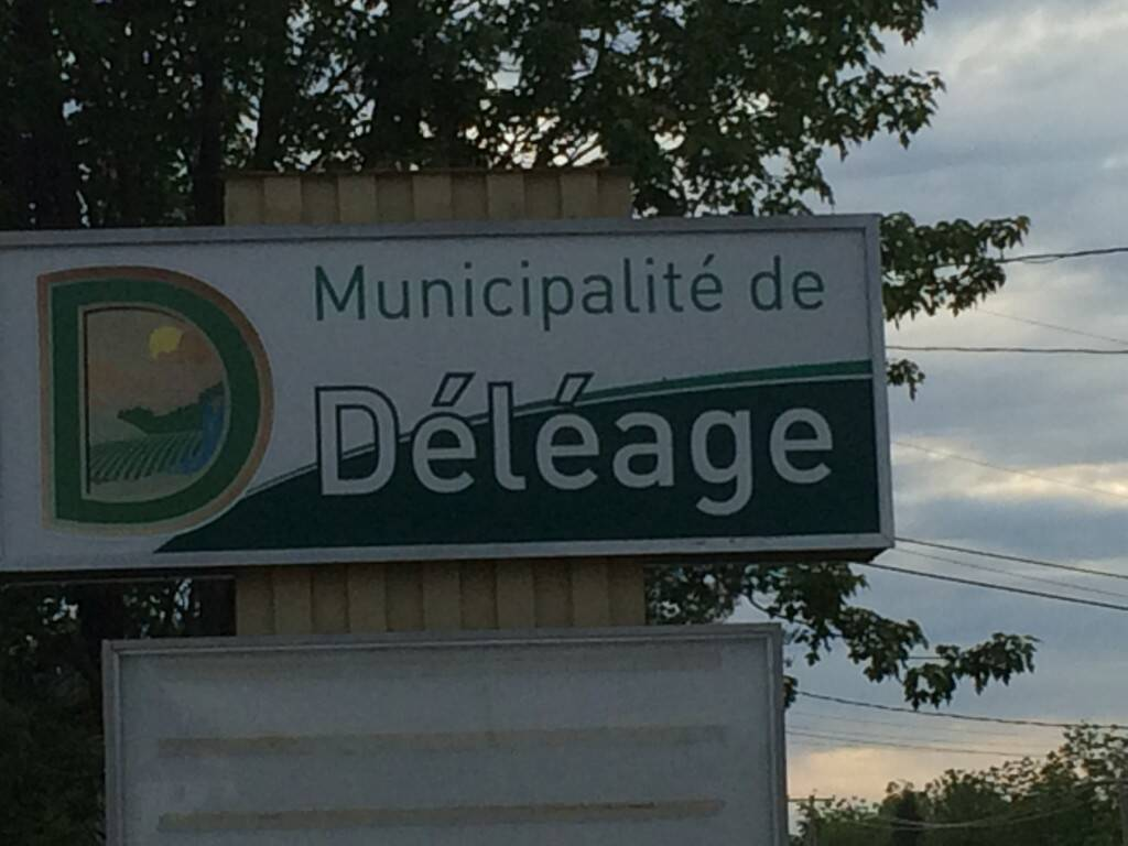 Affiche-municipalité-Déléage-1024x768
