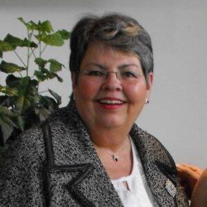 Suzanne-Valliere-candidature-election-municipale-de-nov-2017-300x300