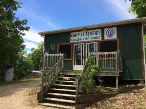 Chalet-principal-du-camp-le-Terrier-1024x768