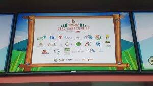 Camp-Le-Terrier-bourse-de-10-000-de-la-Fondation-des-Senateurs-dOttawa-29-mai-2018-2-300x169