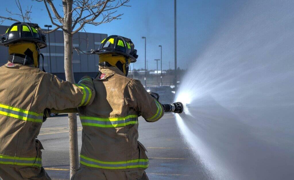 Habit-de-combat-pompier-1024x629
