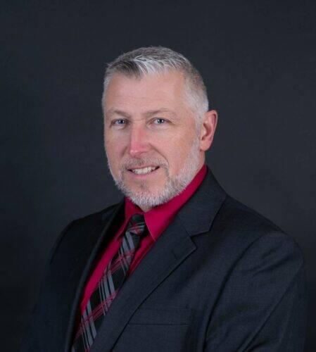 Neil-Gagnon-maire-dEgan-Sud-919x1024