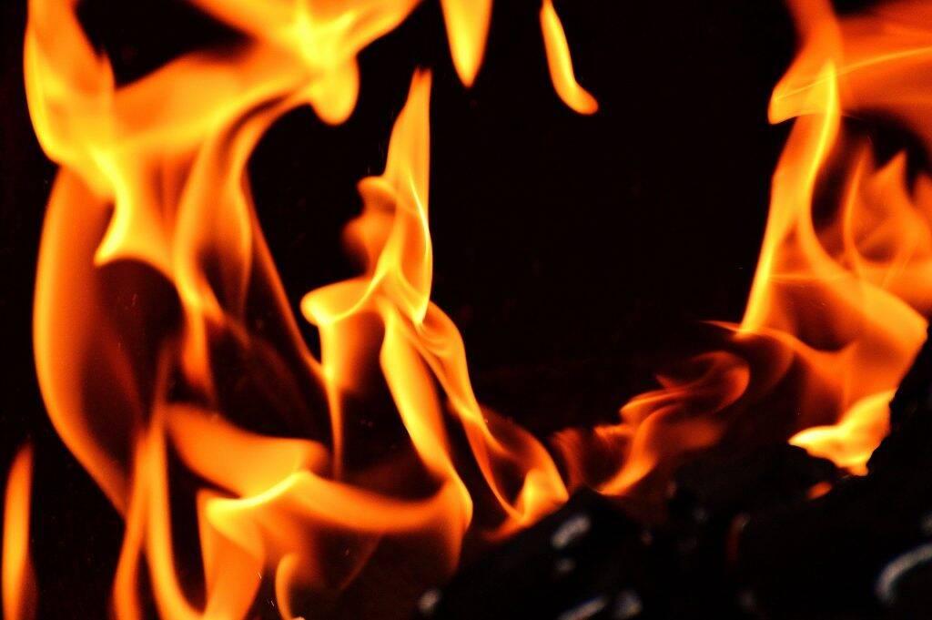 fire-2204171_1920-1024x681