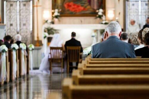 wedding-ceremony-PFSQVNE-1024x683