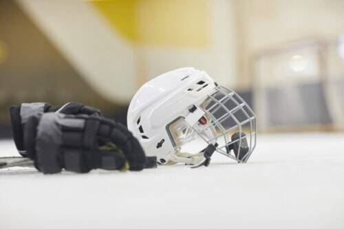hockey-equipment-background-WFXMLCV-1024x683